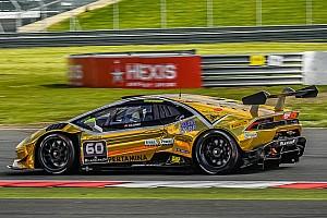 Lamborghini Super Trofeo Qualifiche Lind, Postiglione e Kodric nelle seconde qualifiche di Spa