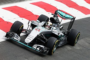 Formula 1 Practice report Mercedes: High speeds and high drama on opening day in Baku