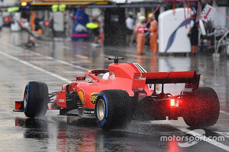 Hamilton logró la pole bajo la lluvia en Hungría - Fórmula 1 Noticias