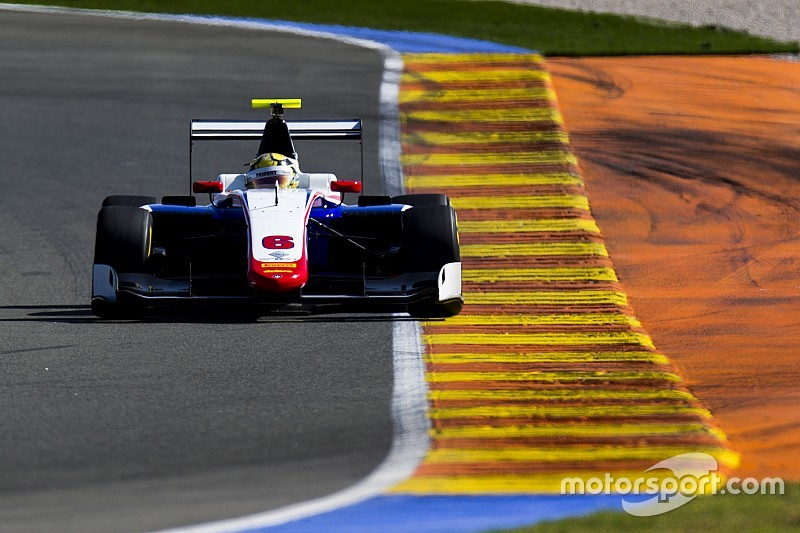 Janosz kicks off Valencia GP3 test on top