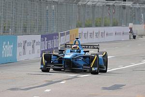 Formula E Race report Hong Kong ePrix: Buemi wins chaotic race, di Grassi second from 19th