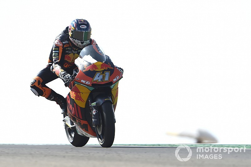 Moto2 Aragon, prima pole in carriera per Binder su Ktm