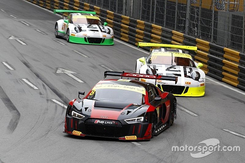GT in Macau: Audi-Fahrer Laurens Vanthoor siegt, Edoardo Mortara crasht