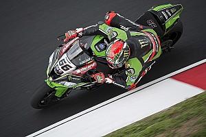 World Superbike Race report Sepang WSBK: Sykes dominates Race 1, leads Kawasaki 1-2