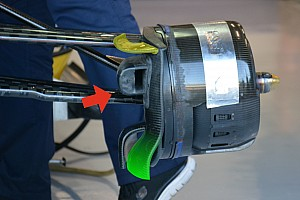 Bite-size tech: Sauber front brake duct and floor