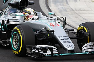 Formula 1 Breaking news Hamilton's seat broke in FP2 accident