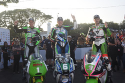 Podium: second place Martin Jessop, Kawasaki, race winner Ivan Lintin, Kawasaki, third place James Hillier, Kawasaki