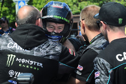 Race winner Ian Hutchinson, Yamaha