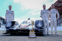 WEC Photos - Presentation of the Tourist Trophy from Silverstone to the #2 Porsche Team Porsche 919 Hybrid: Romain Dumas, Neel Jani, Marc Lieb
