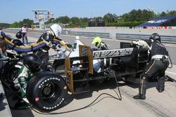 Josef Newgarden, Ed Carpenter Racing Chevrolet pit action