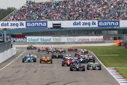Boss GP race start action