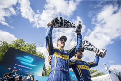 Sebastien Buemi, Renault e.Dams and Nicolas Prost, Renault e.Dams celebrate on the podium