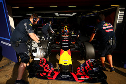 Max Verstappen, Red Bull Racing is pushed back into the garage