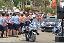 Police with Jari-Matti Latvala, Miikka Anttila, Volkswagen Polo WRC, Volkswagen Motorsport