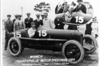 IndyCar Photos - Racewinner Lora L. Corum and Joe Boyer