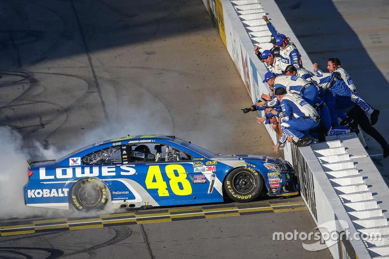 9. Race winner Jimmie Johnson, Hendrick Motorsports Chevrolet