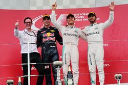 Temporada 2016 F1-japanese-gp-2016-podium-race-winner-nico-rosberg-mercedes-amg-f1-second-place-max-verst