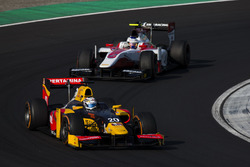 Antonio Giovinazzi, PREMA Racing leads Sergey Sirotkin, ART Grand Prix