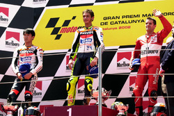 Podium: winner Valentino Rossi, Honda Team, second place Tohru Ukawa, Repsol Honda Team, third place Carlos Checa, Yamaha Team