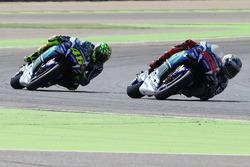 MotoGP 2016 Motogp-aragon-gp-2016-jorge-lorenzo-yamaha-factory-racing-valentino-rossi-yamaha-factory-r