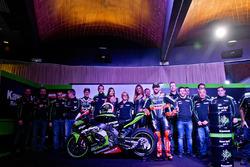 Jonathan Rea, Tom Sykes with the Kawasaki Ninja ZX-10R