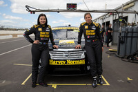 Supercars Photos - Renee Gracie, Simona De Silvestro, Harvey Norman Supergirls Nissan