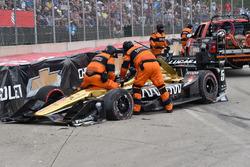James Hinchcliffe, Schmidt Peterson Motorsports Honda, crash