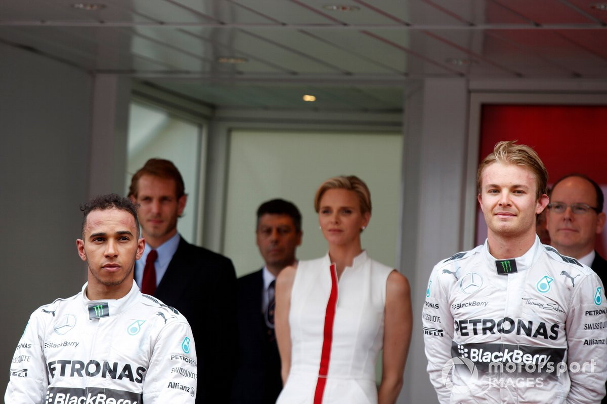 Race winner Nico Rosberg, Mercedes F1, second place Lewis Hamilton, Mercedes F1 W05