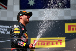 Podium: third place Daniel Ricciardo, Red Bull Racing celebrates with champagne