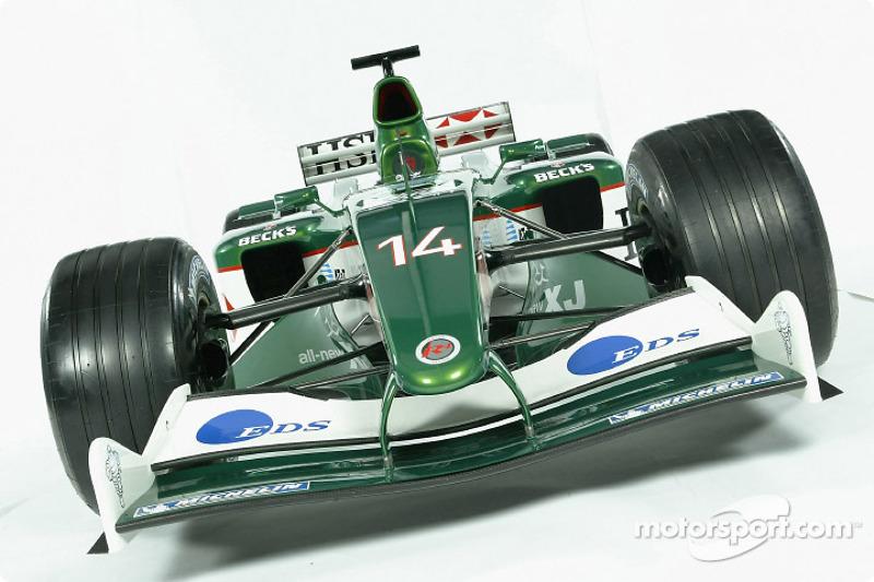 Engineering focus for Jaguar in 2003