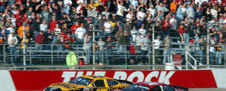 NASCAR Sprint Cup Kenseth wins at The Rock