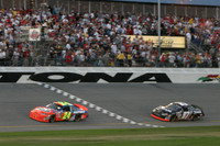 Gordon grabs wild 500 win at Daytona