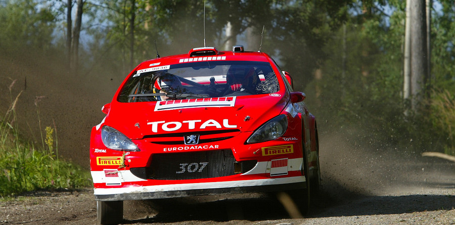 Gronholm dominant on home ground