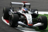 McLaren still top in last Italian GP practices