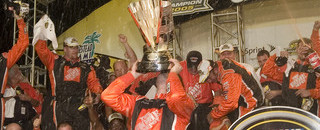 NASCAR Sprint Cup Stewart earns his second championship