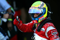 Massa claims pole in Japanese GP qualifying