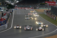 Audi leads opening hour