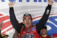 Gordon takes wild win at Charlotte