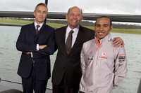 McLaren ties Hamilton to team through 2012