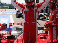 Raikkonen nabs Ferrari's 200th pole at Magny-Cours