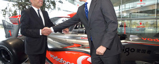 McLaren's Dennis hands off F1 role