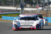Ganassi duo hold lead in Daytona 24H closing hours