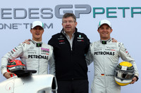 Brawn cautious on speed of new Mercedes