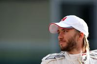 Heidfeld to test for Renault in Jerez