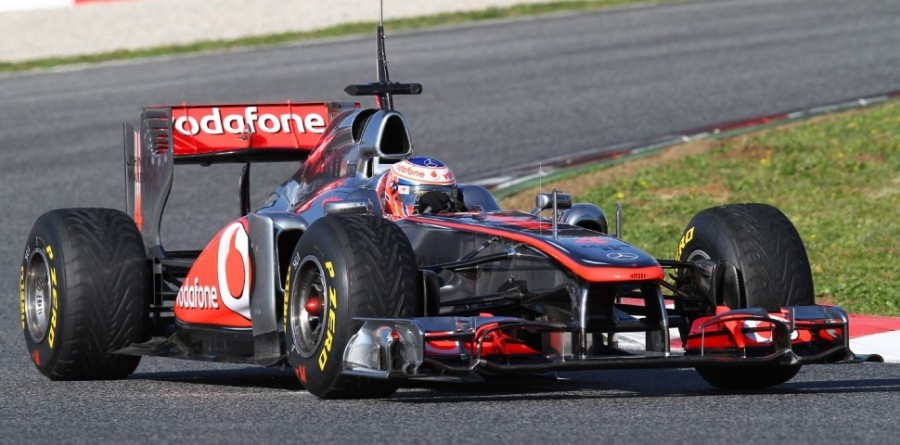 McLaren may be facing early 'gap' to rivals - Button