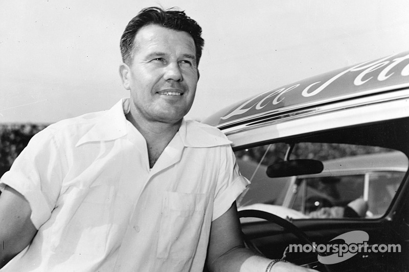 NASCAR Hall of Fame spotlight - Lee Petty