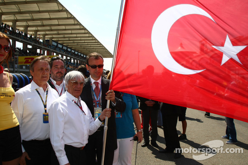 Todt says one race to drop off 2012 calendar