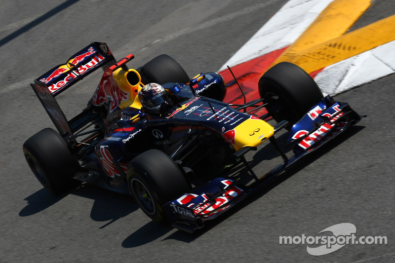 Vettel adds to 'Wall of Champions' crash legend