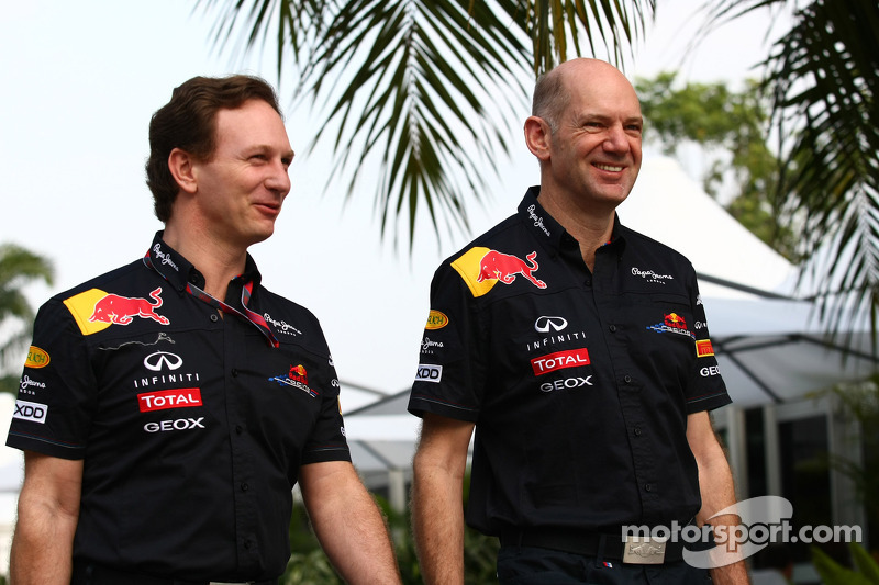 Photo of Adrian Newey & his friend   -