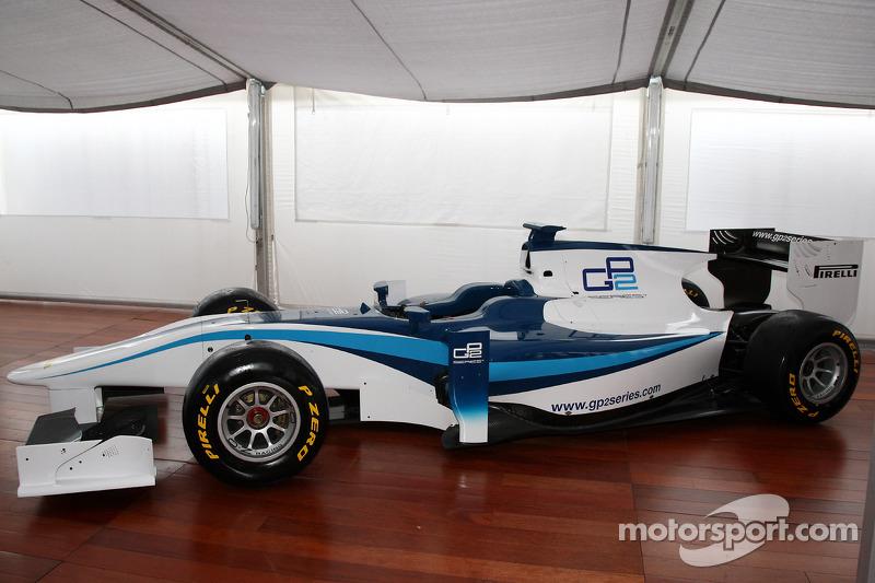 Pirelli to reward best GP3 graduates racing in 2011 GP2 Final